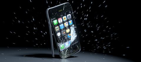 Разбилось стекло, экран iPhone